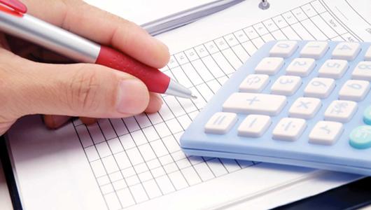 """""""Llevamos tres años pidiendo una menor carga fiscal; el IVA debería bajar al 7%""""."""