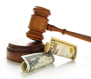 Abogados y procuradores, en el punto de mira de Hacienda
